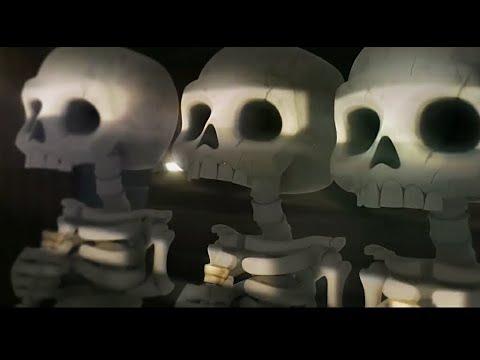 Nuevo trailer de clash royale barril de esqueletos .. supercell animation
